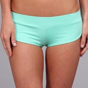 💥NWT💥 Volcom Simply Solid Bikini Boardies